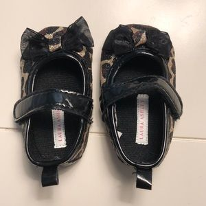 🌟 3 for $25 🌟 Infant leopard glitter bow shoes